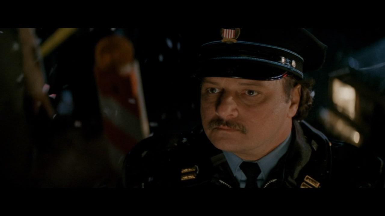 『ダイハード2』に登場するデニス・フランツ演じる空港警察の署長・ロレンゾ。