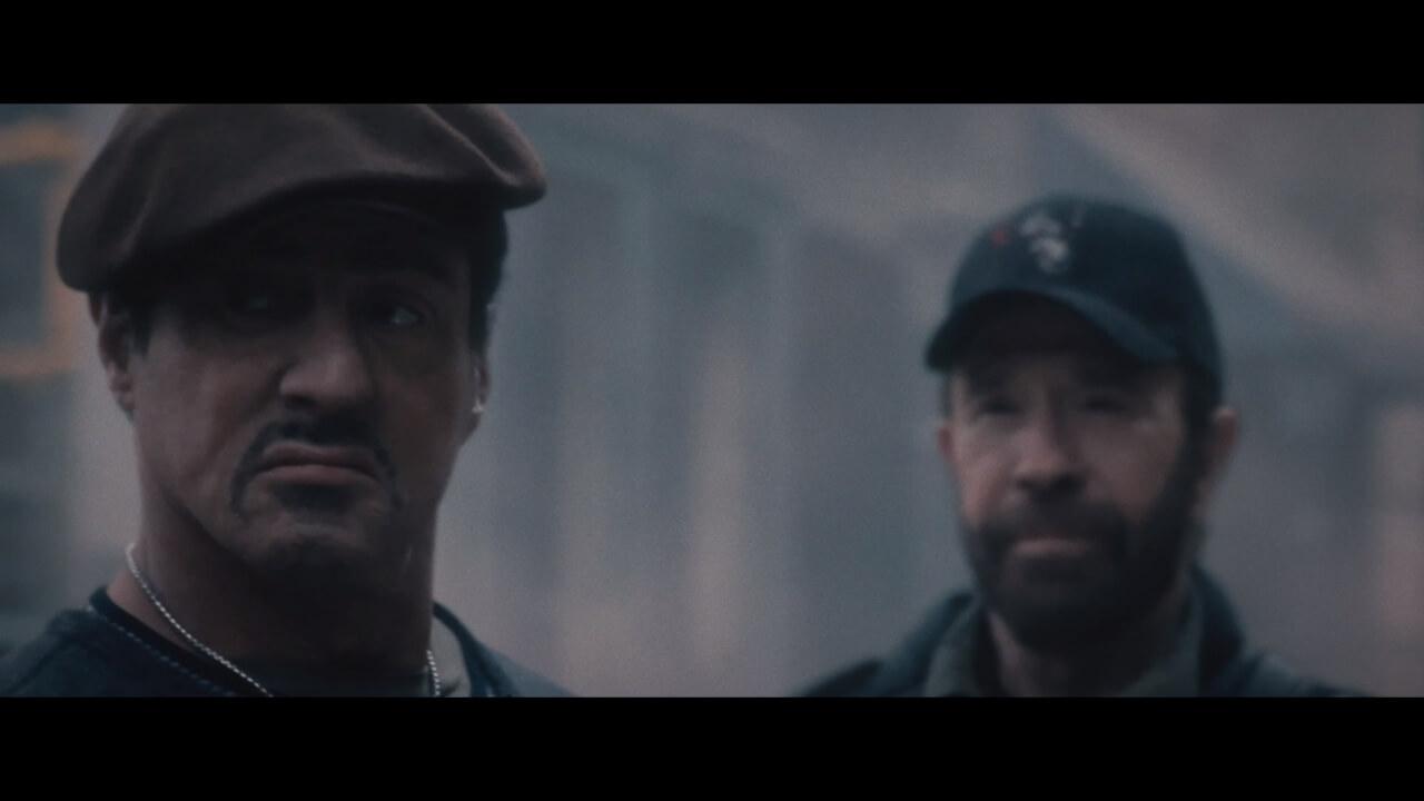 『エクスペンダブルズ2』ではチャック・ノリスも出演。