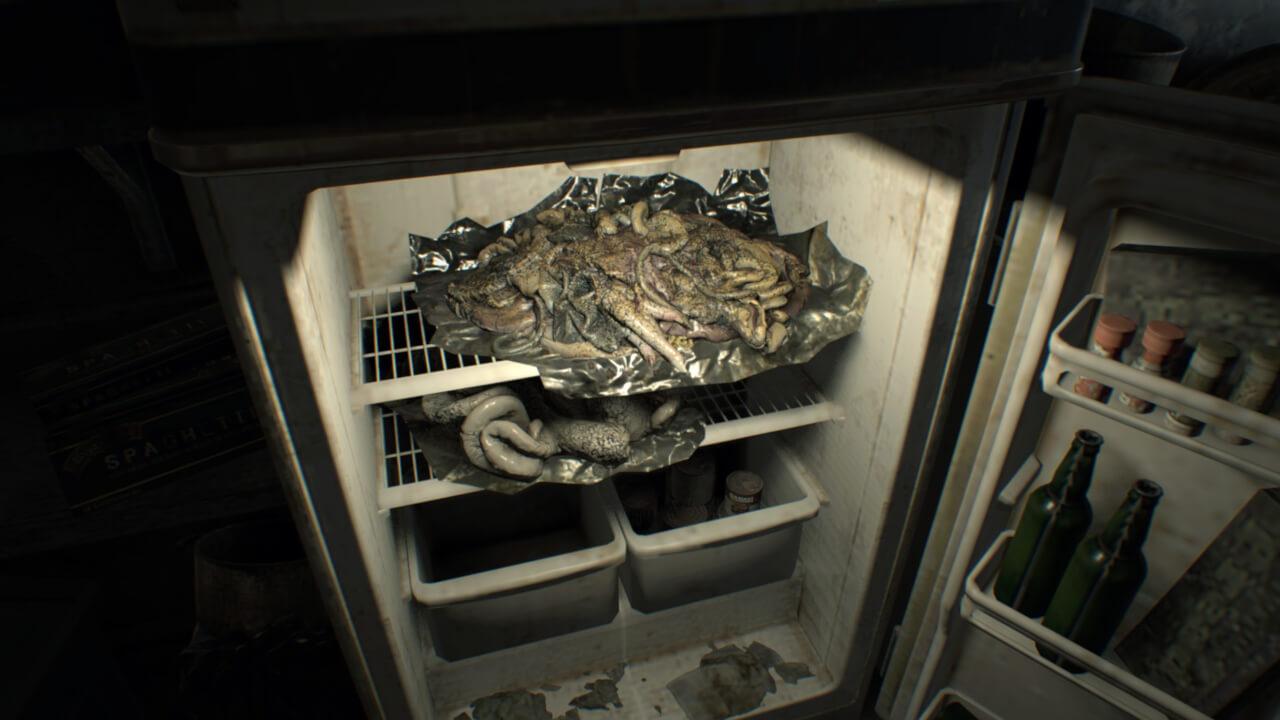 ベイカー家の冷蔵庫に保管された謎の食べ物。